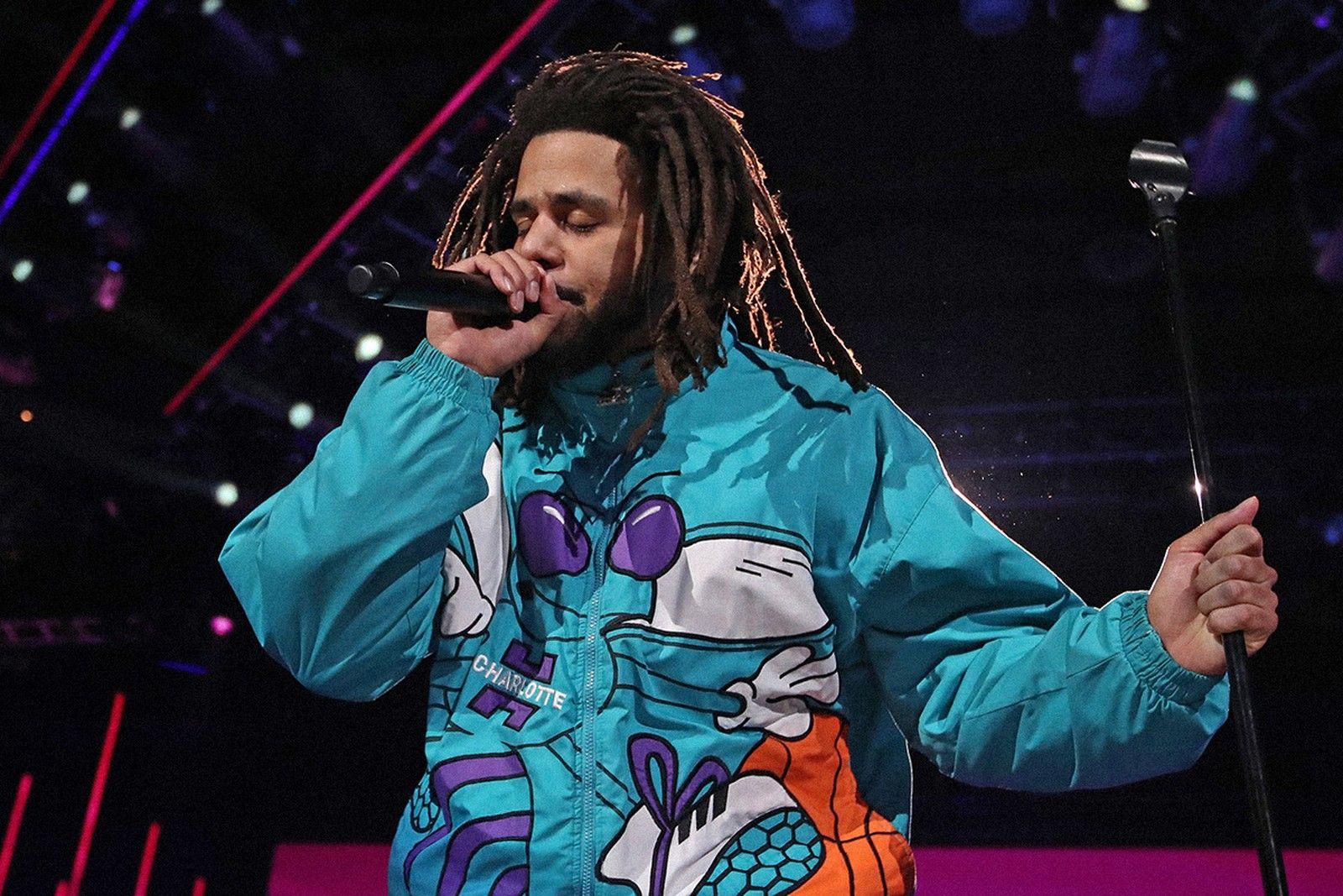 J. Cole US-amerikanischer Rap-Musiker verschiebt Album auf 2022
