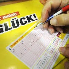 Lotto Jackpot geknackt! 19-Jähriger aus Nordrhein-Westfalen ist jetzt 7-facher Millionär!